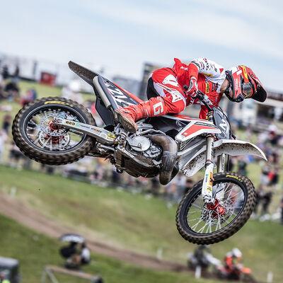 Bardahl KXT OFF ROAD 2T al vertice dell'Europeo Motocross con Fantic