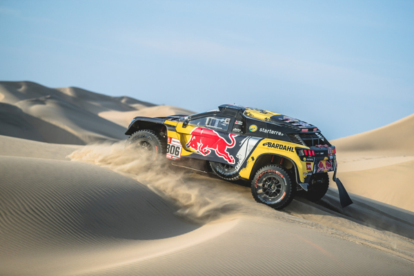 Dakar 2019 Race Report Day 2 • Vittoria per Loeb